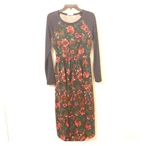 Dresses & Skirts - Fantastic Fawn LS Floral Super Soft Winter Dress M